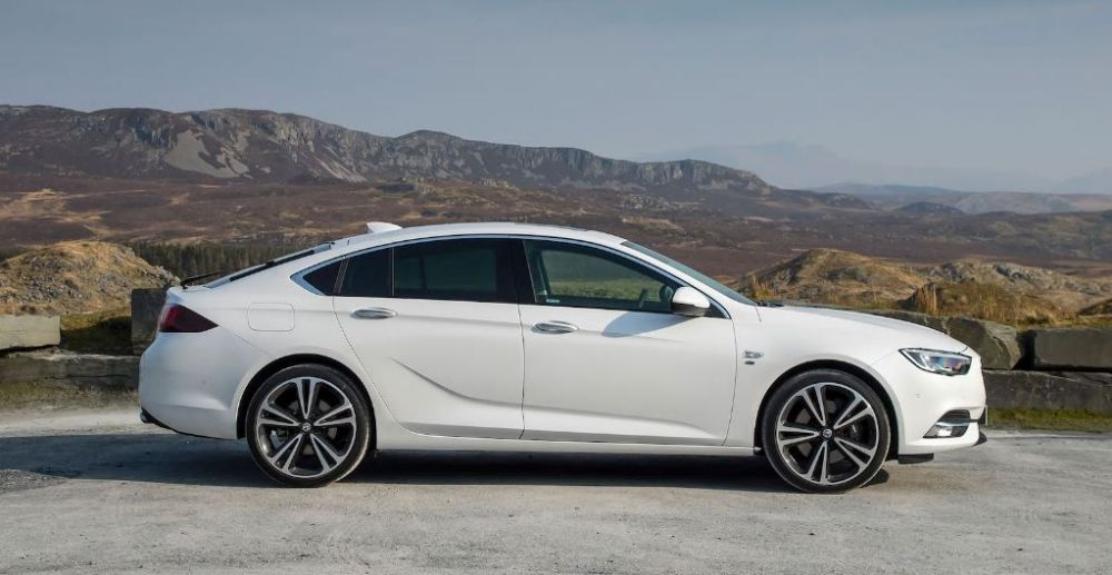 VAUXHALL IS DOUBLE WINNER AT AUTO EXPRESS NEW CAR AWARDS 2019
